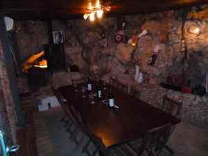 Tanya Winery tasting room-small
