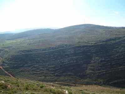 Mountains surrounding Gvaot Winery