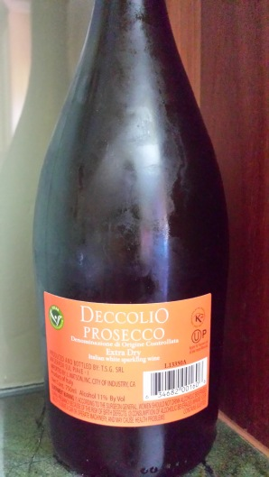 Deccolio Prosecco - back label