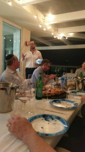 dr-moises-cohen-talking-at-elvi-miami-wine-tasting