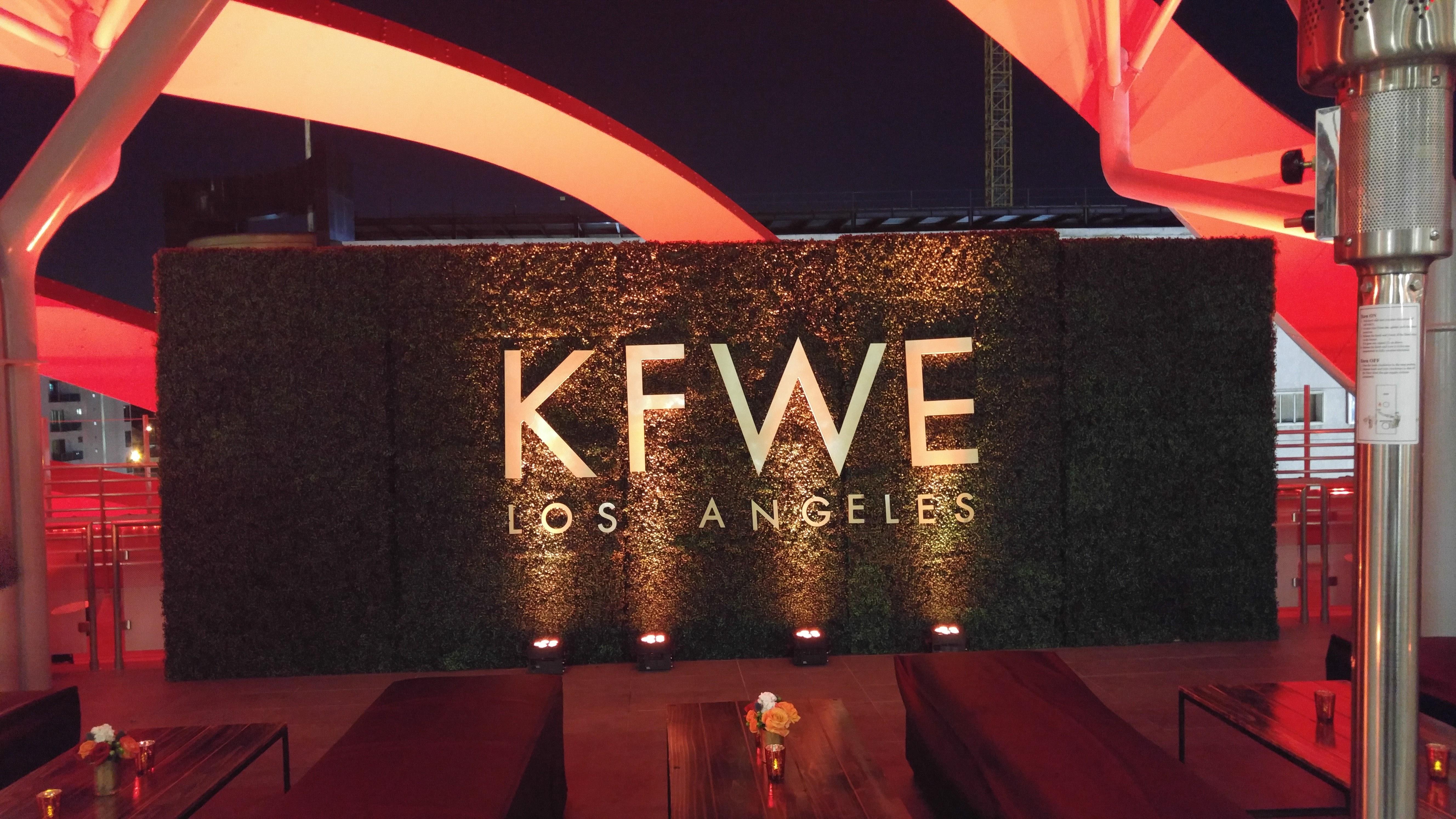 kfwe-los-angeles-sign